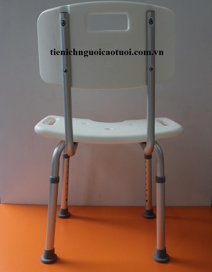 ghế-ngồi-tắm-gội-cho-người-cao-tuổi-5