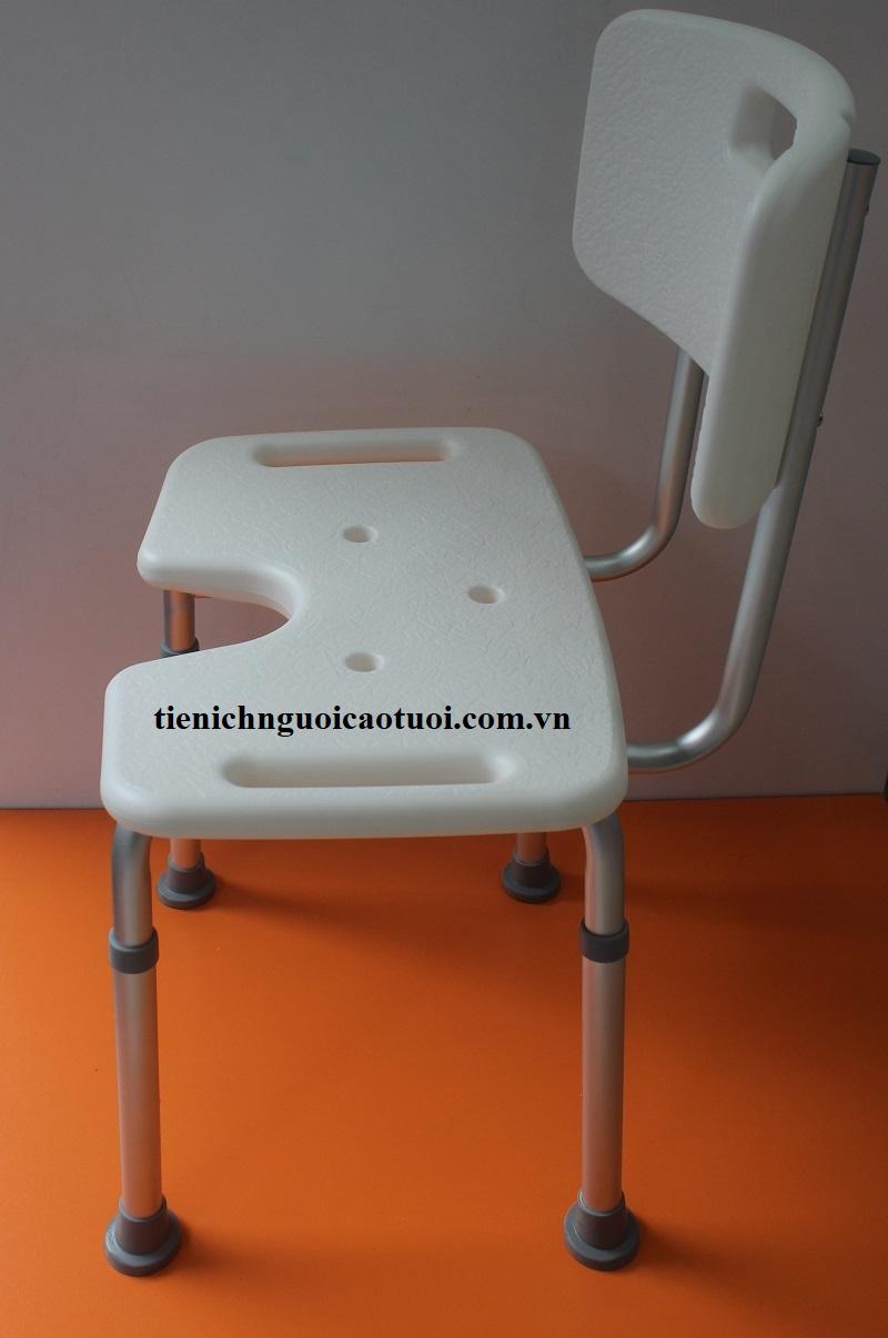 ghế-ngồi-tắm-gội-cho-người-cao-tuổi-8