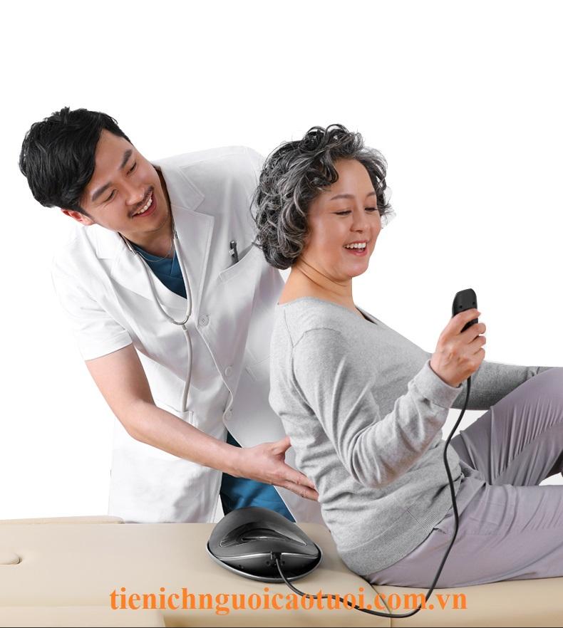 máy-massage-mát-xa-lưng-chữaa-đau-lưng-hồng-ngọai-51